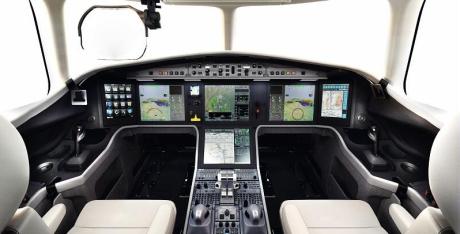 Модель бизнес-авиации Falcon 5Х от компании Dassault Aviation