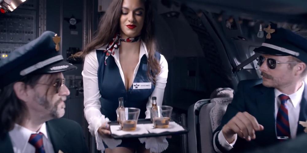 В РФ экипажи авиакомпаний планируется проверять на наркотики до и после полета